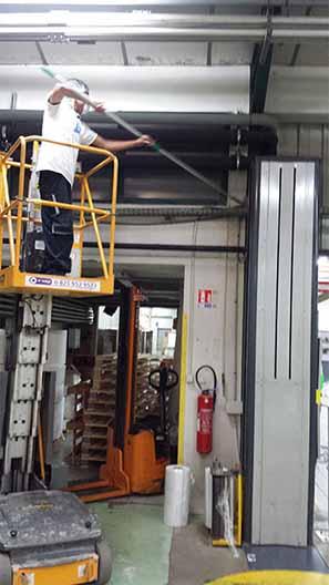 nettoyage-industriel-base-de-production 1